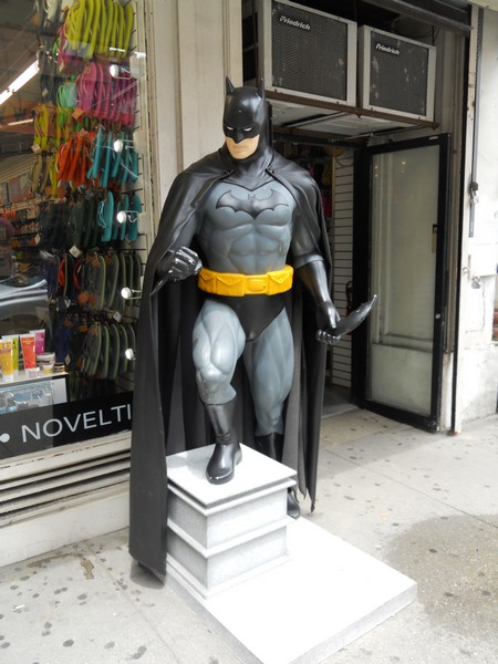 Batman071014001